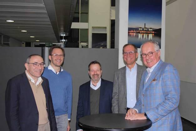 Spannende Voten der Referenten (von links): Philipp Dietrich, Jachin Gorre, Andrew Lochbrunner, Michael Sarbach (Regionalwerke AG Baden) und Michael Ladwig (GE)