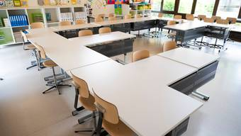 Damit der Unterricht wieder normal stattfinden kann, führt der Kanton Luzern in Gymnasien und Berufsschulen eine Maskenpflicht ein. (Symbolbild)