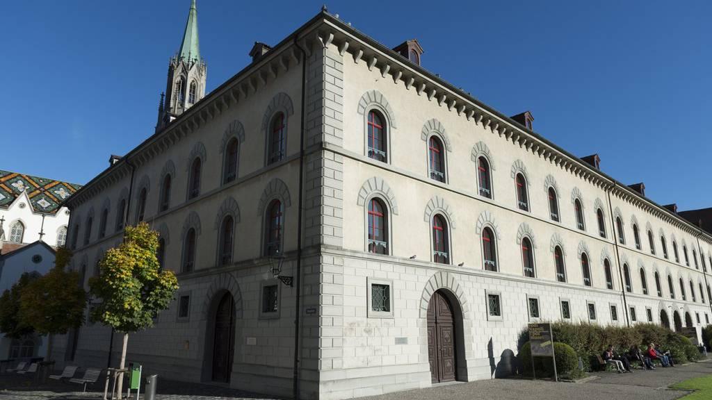 Das Kantonsgericht St.Gallen verurteilt einen 61-Jährigen zu sechs Jahre Freiheitsstrafe und stationären Massnahmen