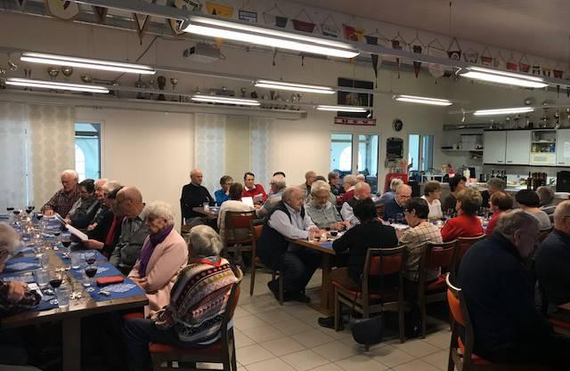 Seniorinnen und Senioren aus Halten