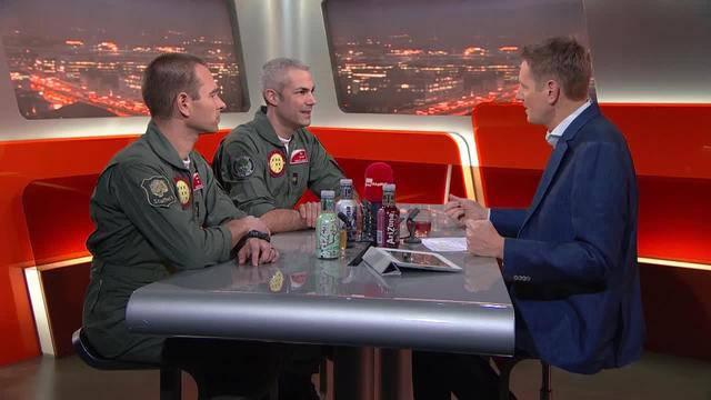 Patrouille Suisse – sehen Sie hier die Sendung «TalkTäglich» mit den beiden Piloten in voller Länge.
