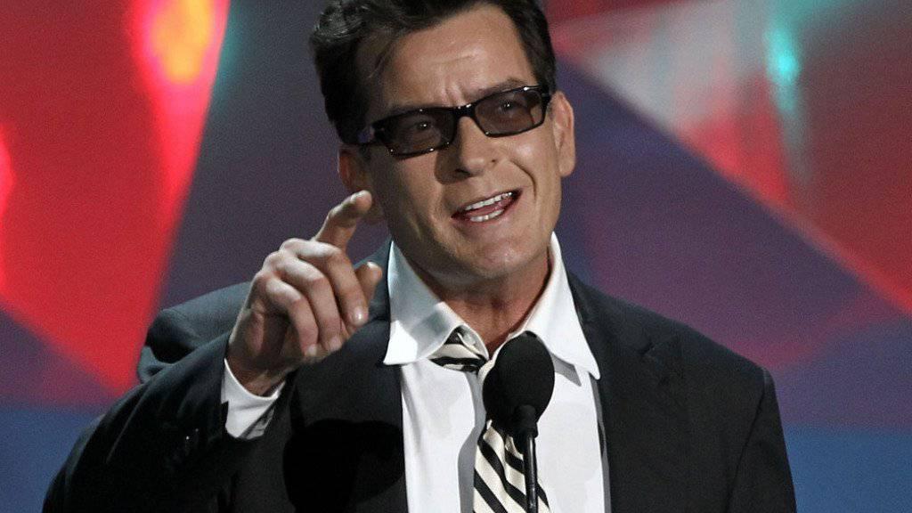 Charlie Sheen ist bekannt für seine grosse Klappe. Die Tonbandaufnahme einer Morddrohung könnte ihm nun zum Verhängnis werden. (Archivbild)