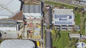 Der Raum rund um die St. Jakobshalle und des neuen Sportinstituts der Universität Basel soll umgestaltet werden.