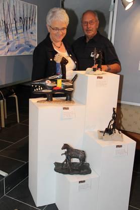 Annamarie und Vic Zumsteg schaffen Skulpuren aus Ton und Paperplay