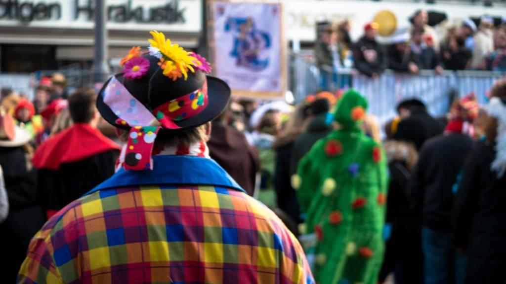 150 Personen feiern illegalen Fasnachtsumzug