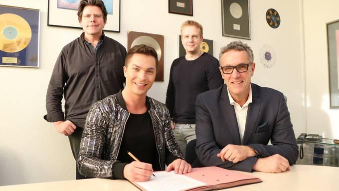 Julian David unterschreibt bei DA-Music