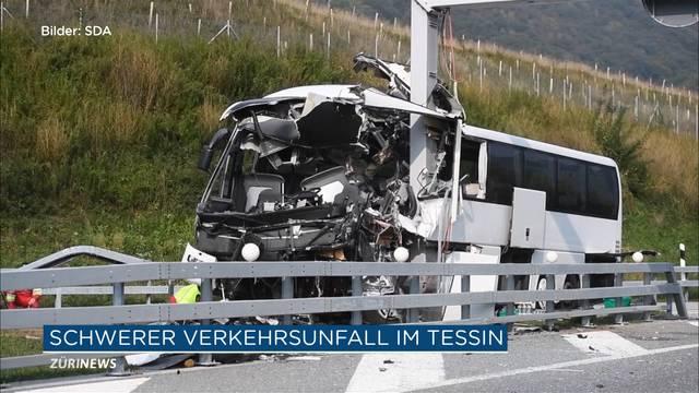 13 Verletzte nach Reisebus-Unfall im Tessin