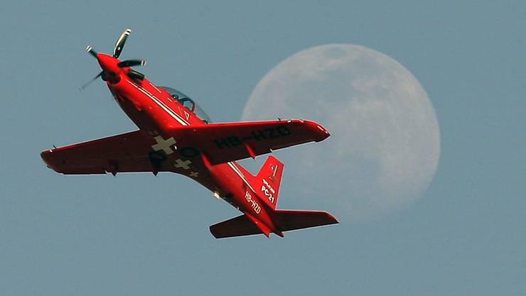 Pilatus darf die Schulungsflugzeuge vom Typ PC-21 in Saudi-Arabien und den Emiraten weiter warten. Im Bild ein Flugzeug der Schweizer Luftwaffe.
