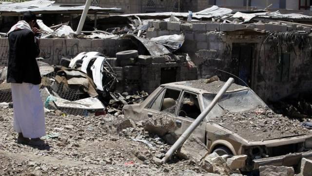 Bild der Zerstörung nach Luftangriffen im Jemen