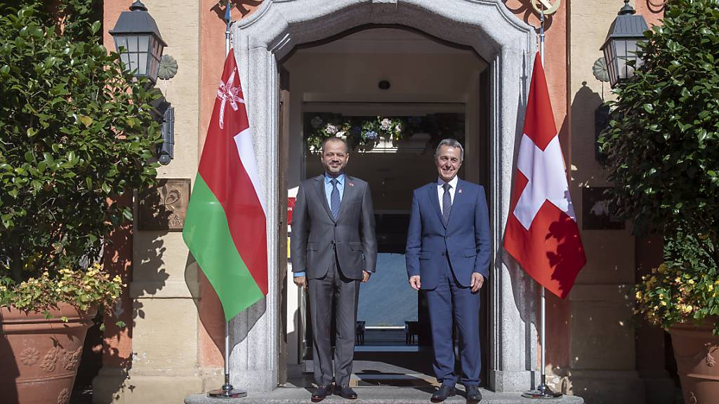 Aussenminister Ignazio Cassis (r.) traf in Lugano Omans Aussenminister Sayyid Badr Bin Hamad Bin Hamood Al-Busaidi.