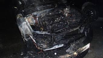 Auto brennt in Aarburg aus