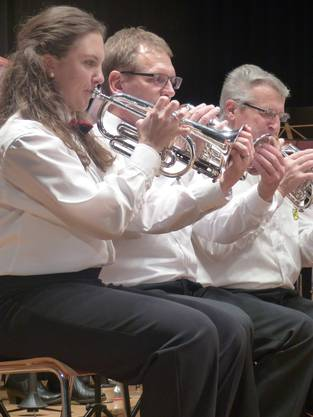 MV Obermumpf unter Leitung von Dirigent János Németi im Konzert