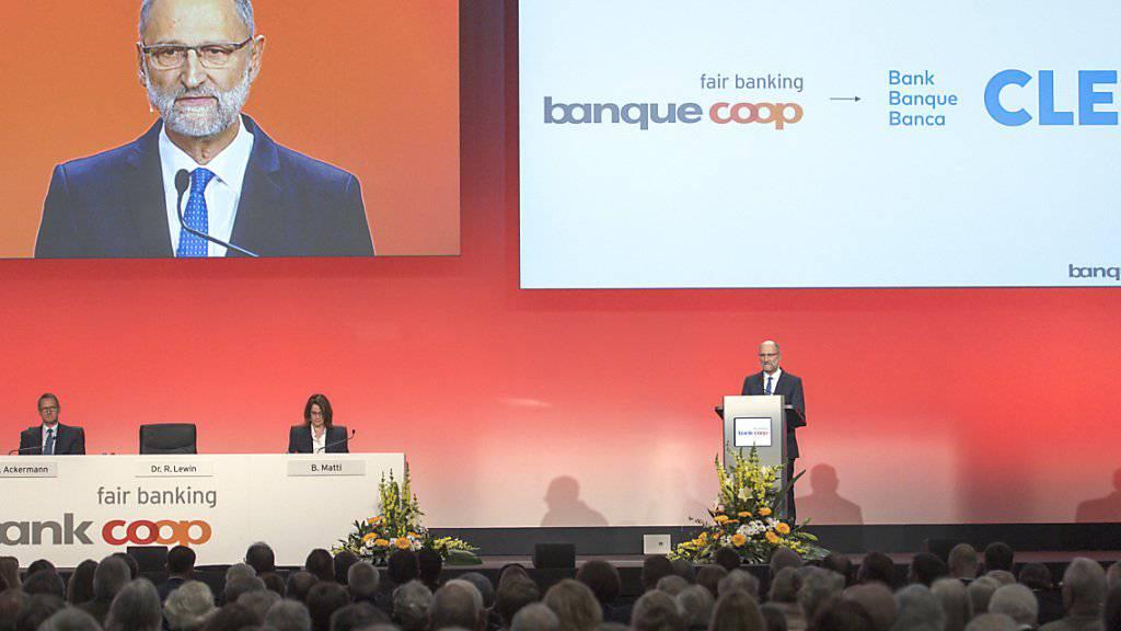 """Die Neupositionierung der """"Bank Coop"""" ist einen Schritt weiter: An der Generalversammlung vom 20. April wurde die Änderung des Namens auf """"Bank Cler"""" gutgeheissen. Zudem wurde Andreas Sturm zum Nachfolger von Verwaltungsratspräsident Ralph Lewin (Bild) gewählt."""