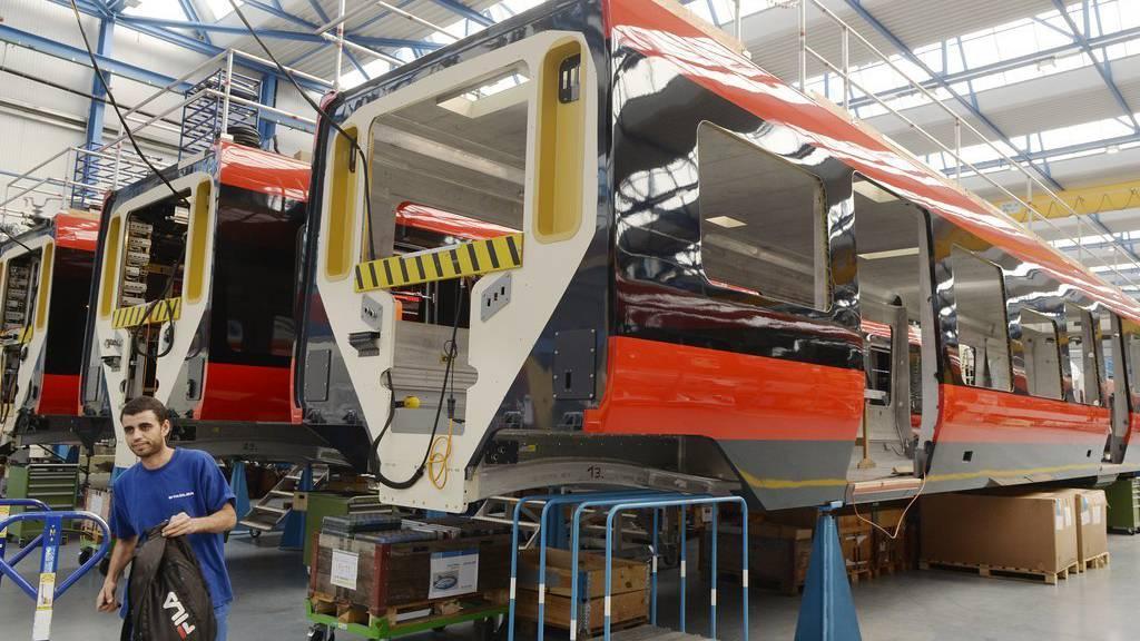 Stadler liefert der SOB für 170-Millionen Franken neue Züge.