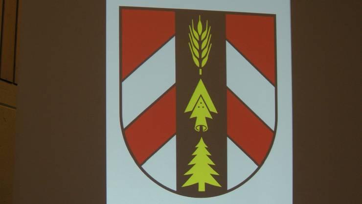 Das Dorfwappen der Drei Höfe war auf den Wappenbiber, die sämtliche Geehrten erhielten, abgebildet.