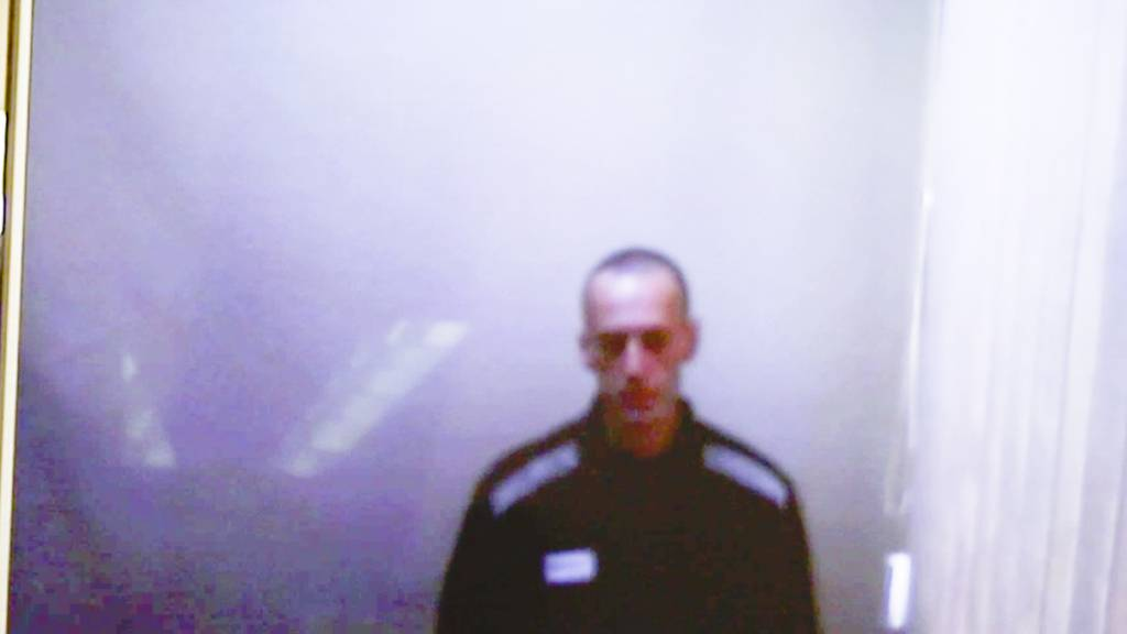 SCREENSHOT - Videostandbild von Alexej Nawalny während einer Gerichtsanhörung. Foto: Uncredited/Babuskinsky District Court/AP/dpa - ACHTUNG: Nur zur redaktionellen Verwendung und nur mit vollständiger Nennung des vorstehenden Credits