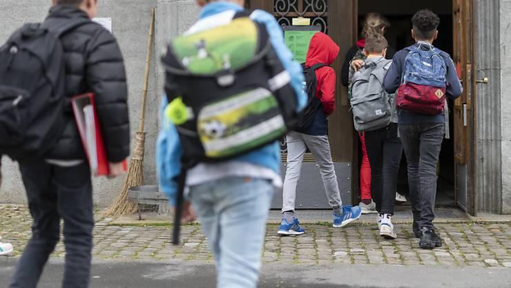 Die Baselbieter Regierung schlägt dem Landrat eine entsprechende Teilrevision des Gesetzes über die Sozial- und die Jugendhilfe vor. (Themenbild)