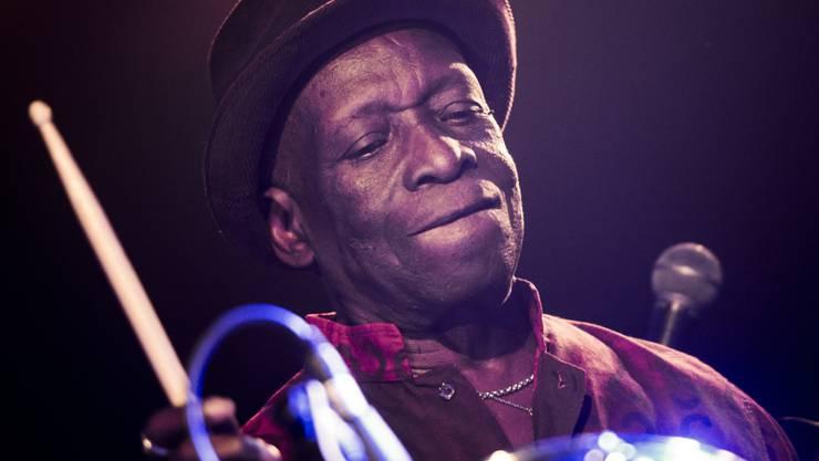 Der nigerianische Schlagzeugmusiker Tony Allen ist in Paris im Alter von 79 Jahren gestorben. (Archivbild)