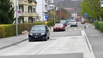 Die Anstösser der Gartenstrasse (im Bild) gehören auch zu denen, die sich gegen den Fluchtverkehr zur Wehr setzen.