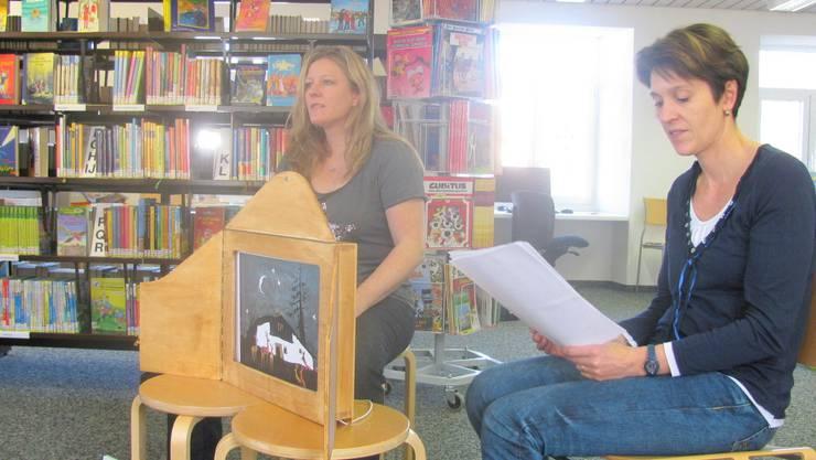 Ein Erzählanlass in der Bibliothek Eiken. Archiv
