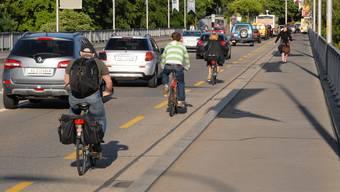 In den vergangenen Tagen wurden in mehreren Gemeinden Fahrzeugkontrollen durchgeführt. (Symbolbild)