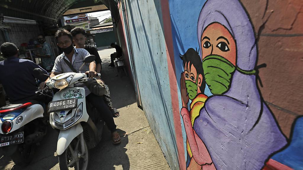 Mehr als 100'000 Corona-Fälle in Indonesien
