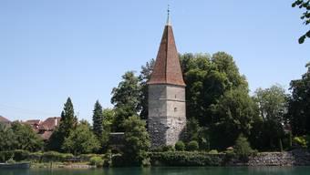 Der Krummturm, das älteste unverändert erhaltene Bauwerk der Stadt wird ab Ende August saniert.