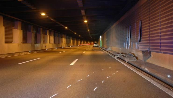 Selbstunfall in Muttenz:  Alkoholisierter Autofahrer kollidiert mit Tunnelwand