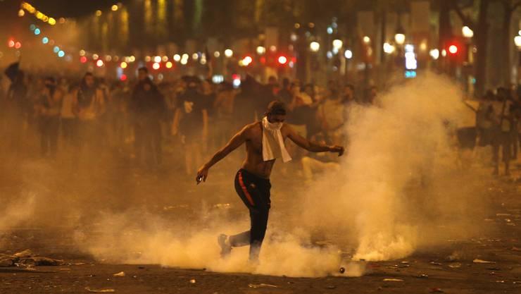 Wüste Szenen ereigneten sich nach dem WM-Final in Paris.