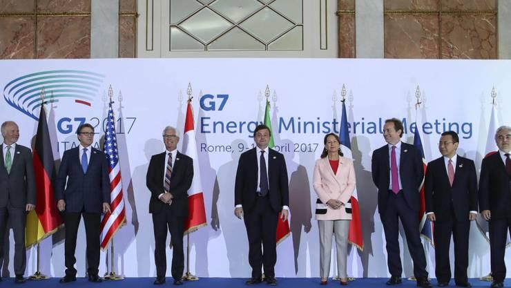 Die Vertreter der G7 Staaten am Treffen der Energieminister in Rom.