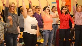 Der Aarauer Chor «chor&bündig» probt für die beiden Jubiläumskonzerte im November.