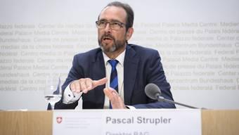 Das Bundesamt für Gesundheit von Direktor Pascal Strupler publizierte am Freitag falsche Infektionszahlen. Am Sonntag korrigiert sich das BAG.