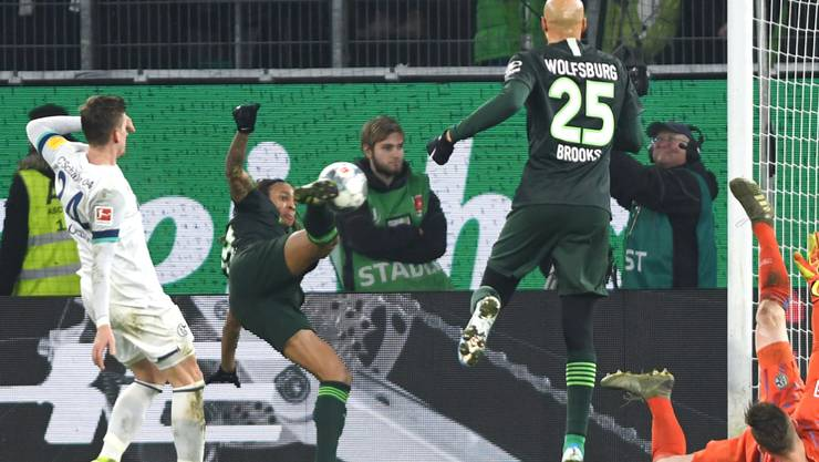 Kevin Mbabu erzielt in Schräglage seinen ersten Bundesliga-Treffer