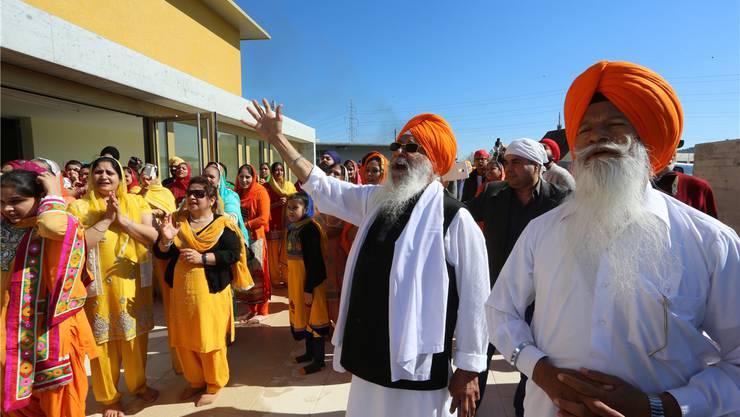 Mit viel Hingabe weihten die Gläubigen der Sikh-Gemeinde Schweiz ihren neuen Tempel ein.