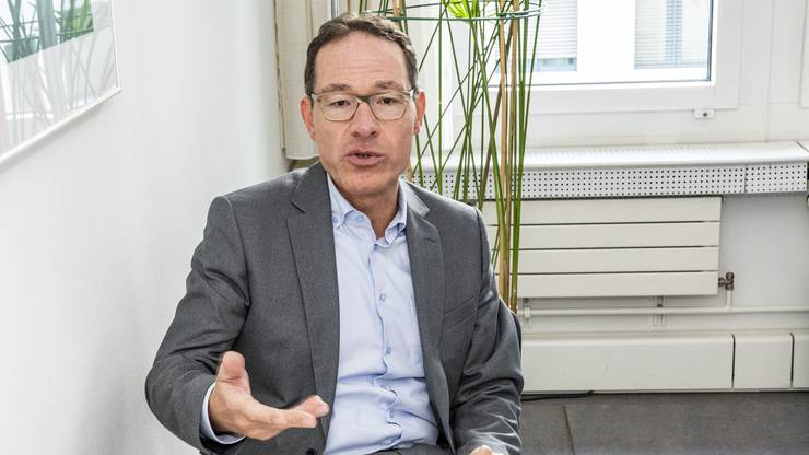 Daniel Stehlin (49) ist Stellvertretender Leitender Staatsanwalt der Hauptabteilung Betäubungsmittel/Organisierte Kriminalität in Liestal und anerkannter Spezialist in diesem Gebiet. Er arbeitet seit 16 Jahren für die Baselbieter Staatsanwaltschaft.