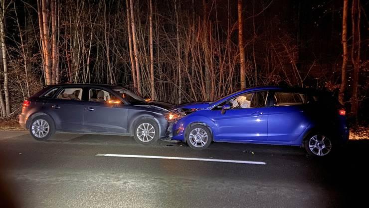 Die Audi-Fahrerin setzte im Ausserortsbereich zum Überholen an. Dabei übersah sie die entgegenkommende Autolenkerin.