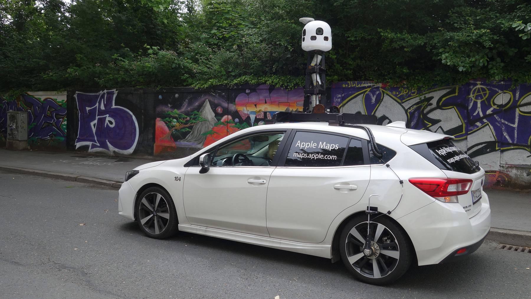 Apple-Maps-Fahrzeug