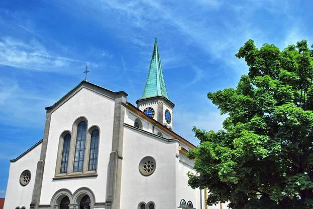 Wie wenn nie etwas gewesen wäre - die Reformierte Kirche in Oberentfelden