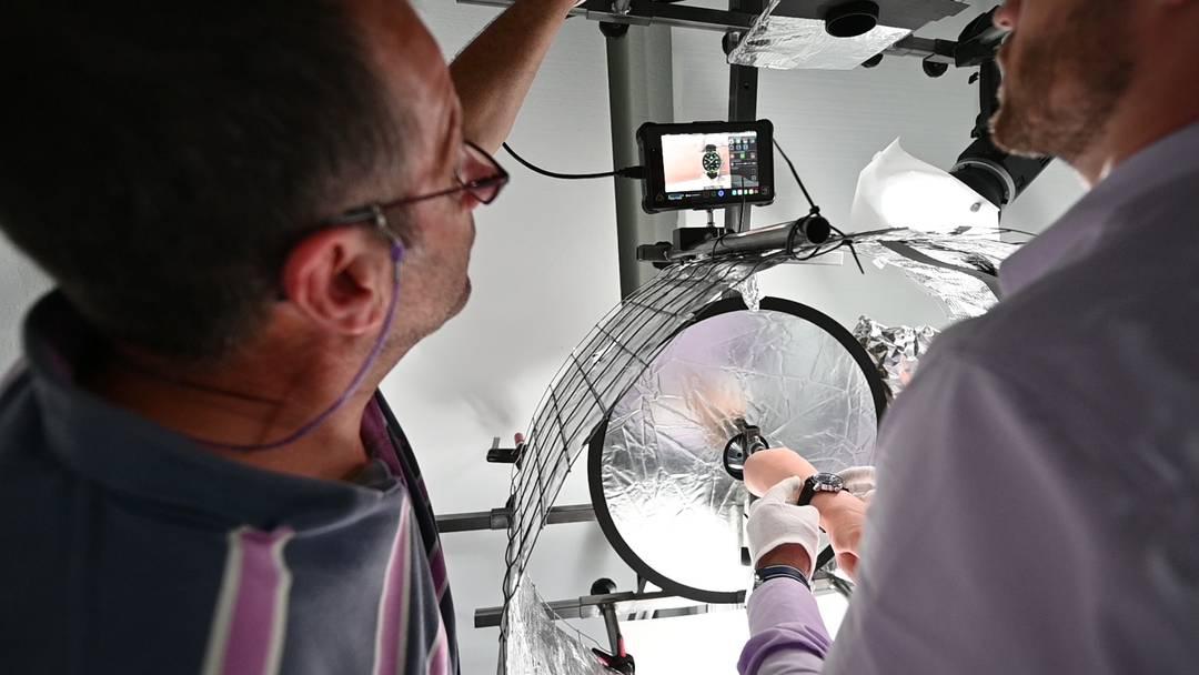 Simon Wyss und Beat Stebler präsentieren ihr ausgeklügeltes Aufnahmesystem