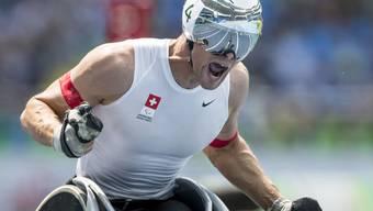 Nach dem Sieg über 800 m gewinnt Marcel Hug an den Paralympics in Rio de Janeiro auch im Marathon Gold