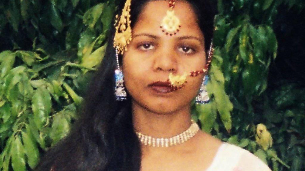 Die nach acht Jahren aus der Todeszelle in Pakistan entlassene Christin Asia Bibi hat das Land verlassen. (Archiv)