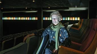 Auf diesem Bild von einem Kamerablitz weiss erleuchtet: Suzanne Schweizer, die langjährige Co-Geschäftsleiterin der Basler Kultkinos.