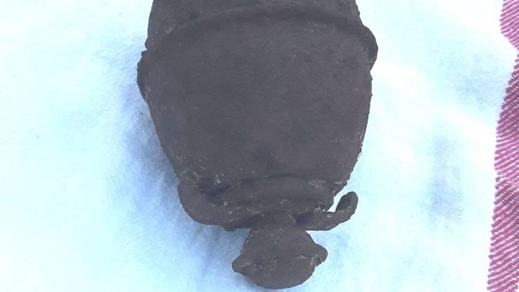 Diese Handgranate aus dem Zweiten Weltkrieg wurde im Lokal abgegeben.
