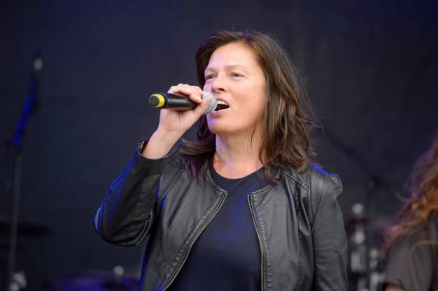 Tücking galt aus ausgewiesene Musikexpertin und damit als Moderatorin mit Fachkompetenz.