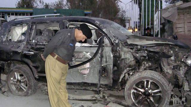 Ein pakistanischer Polizeiofffizier am Tatort