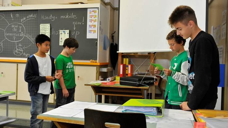 In einem Rollenspiel thematisierten die Schülerinnen und Schüler mögliche Probleme mit Social Media.