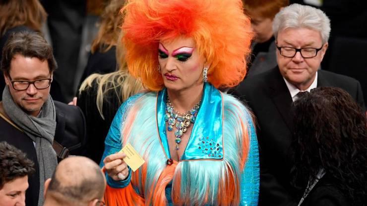 Drag Queen Olivia Jones hat die Wahl des neuen deutschen Bundespräsidenten am Sonntag farblich ganz schön aufgemischt.