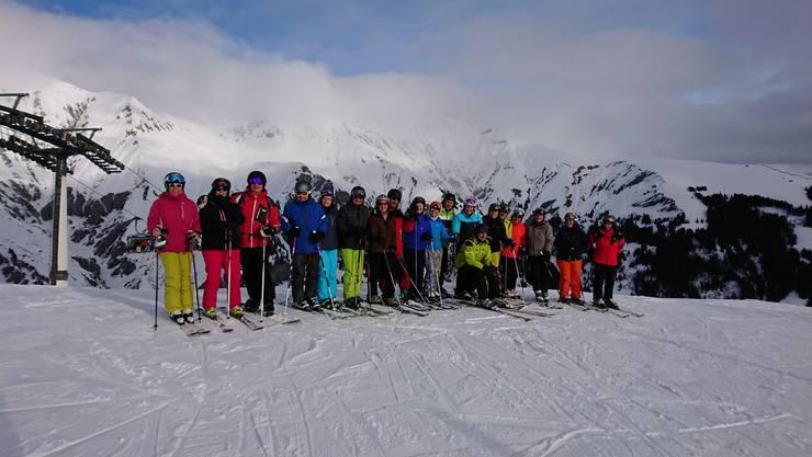 20 Turner und Turnerinnen des Sport- und Turnvereins Niedergösgen waren  für ein Wochenende im Schnee.