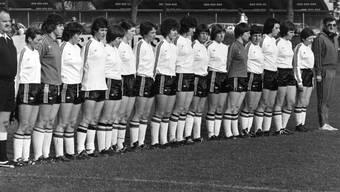 Das Team der Belgierinnen im Länderspiel der Frauen Schweiz gegen Belgien, aufgenommen am 21. Mai 1977 in Grenchen. Das Spiel Schweiz gegen Belgien endet unentschieden 2:2.