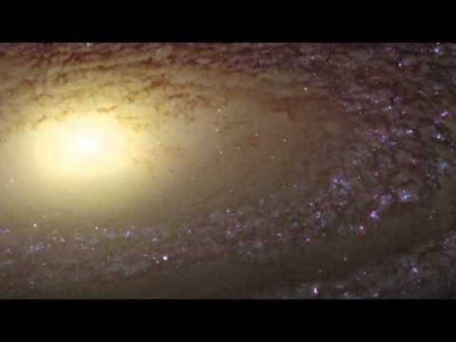 Wahnsinn! 2011 zeigt uns Hubble neue Bilder der Sprialgalaxie NGC 2841 – einfach nur zum Staunen.